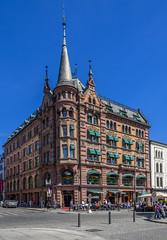 Oslo - Hard Rock Cafe (dietmar-schwanitz) Tags: blue colour building oslo norway norge skandinavien norwegen bluesky blau scandinavia farbe gebude blauerhimmel lightroom karljohansgate dietmarschwanitz nikond750 nikonafsnikkor24120mmf40ged