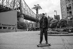 Skater Postindustrial (nestor.ferraro) Tags: roosevelt island skate skater newyork manhattan blancoynegro blackandwhite bw streetphotography