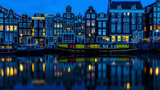 Simple Living in Amsterdam image