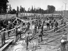 Swimming pool under construction, Camp Borden, Ontario / Construction dune piscine au Camp Borden, en Ontario (BiblioArchives / LibraryArchives) Tags: ontario canada men pool swimming natation lac soldiers hommes piscine 1917 bac soldats libraryandarchivescanada departmentofnationaldefence bibliothqueetarchivescanada campborden ministredeladfensenationle