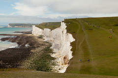 Seven Sisters walk   July 2016-18 (Paul Dykes) Tags: southdowns southdownsway southcoast coast cliffs sea shore coastal englishchannel sussex england uk seaside sun sunnyday chalk downs hills countryside