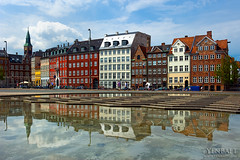 Copenhagen - House Row at Gammel Strand (Yen Baet) Tags: city travel urban reflection tower architecture copenhagen denmark photography photo ancient europe downtown european cityscape view cityhall postcard scenic eu icon tourists danish nordic scandinavia rathaus picturesque monarchy kobenhavn slotsholmen radhuspladsen gammelstrand yenbaet kobenhavnsradhus bertelthorvaldsensplads