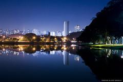 Parque ibira 2 (Mr.Navas) Tags: park parque brazil lake water água brasil canon lago lights ibirapuera luzes paulo arvores sao fonte threes