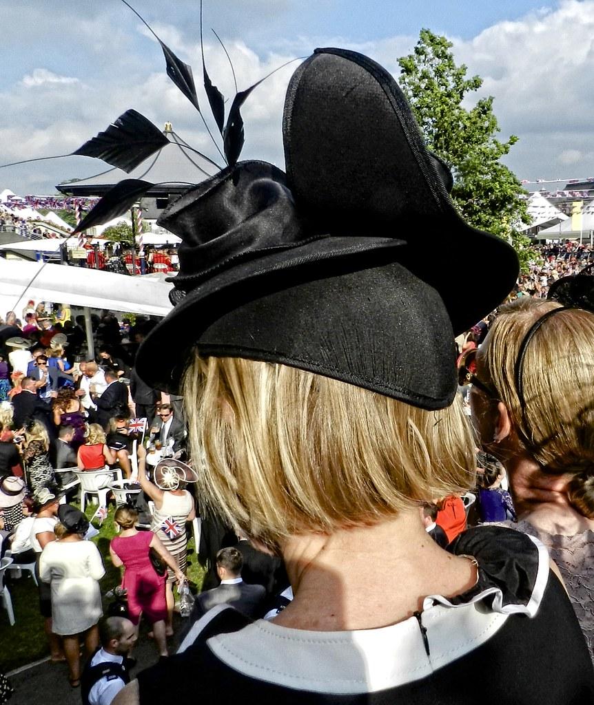 berkshire milf women Granny sex oxfordshire, berkshire, buckinghamshire mature women looking for sex in berkshire, buckinghamshire, oxfordshire.