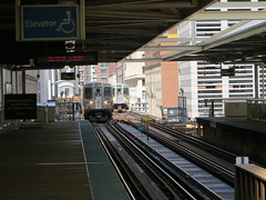 20130427 18 CTA Loop L @ Washington Wells (davidwilson1949) Tags: chicago illinois cta transit rapidtransit