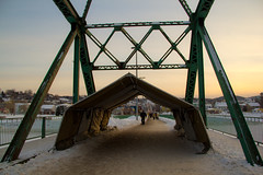 On marche dans le froid ! (.-=[ D.T. ]=-.) Tags: bridge winter canada canon eos quebec explore pont saguenay chicoutimi 2013 60d pontdubuc