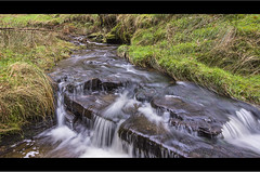 Streaming Water in the Peak District (Paul Simpson Photography) Tags: water movement stream derwentvalley derbyshire peakdistrict photosof imageof photoof linchclough imagesof sonya77 paulsimpsonphotography february2014
