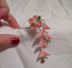 dainty_sakura_bobby_pin_by_eruwaedhielelleth-d6t3qg0 (EruwaedhielElleth) Tags: flowers hair japanese pin clip maiko ornament fabric hana geisha accessories folded tsumami kanzashi zaiku imlothmelui