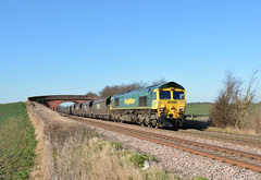 66506 at Elford (robmcrorie) Tags: bridge hull coal staffordshire 56 rugeley elford 66506