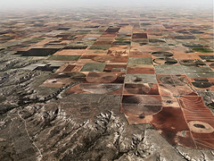 EdwardBurtynstkybrown (Jimena2046) Tags: water texas cropcircles irrigation drylandfarming ogalalaaquifer