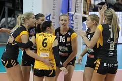GO4G1298_R.Varadi_R.Varadi (Robi33) Tags: game sport ball switzerland championship team women action basel tournament match network volleyball volley referees