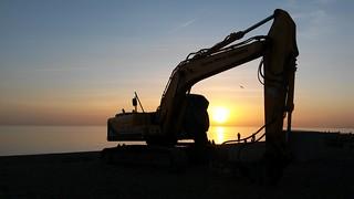 Diggin' the sunset