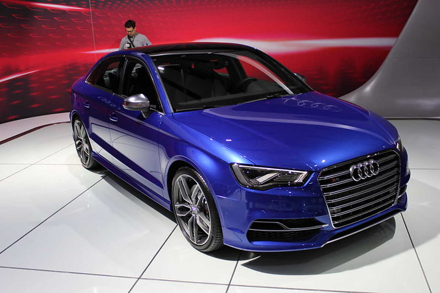 blue wallpaper sedan audi s8 2015