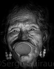 Kayapo - Metuktire (guiraud_serge) Tags: brazil brasil amazon tribes labret brsil amazonia tribu amazonie tribos yawalapiti kayapo povosindigenas portraitindien enfantindien sergeguiraud jabiruprod akakao ornementscorporels ornementlabial