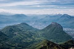 Grenoble, a mountain town... (tounesse) Tags: mountain france alps montagne alpes grenoble landscape chartreuse paysage vercors 105mm isre d90 nron rachais pina