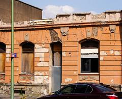 windows with hidden history (FotoTrenz NRW) Tags: windows abandoned leer ruine oldhouse duisburg schatten verlassen kaputt urbex verschlossen leerstehend immobilie leereshaus altefenster