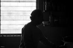 Sombras (sierramarcos14695) Tags: blanco luz y retrato guatemala negro sombras contra siluetas hombre quetzaltenango monocromatico