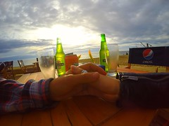#beer #sunset #chile #viñadelmar #amor #felicidad #descanso #gopro #love #happiness (tammyfrancisca) Tags: chile sunset love beer amor happiness felicidad descanso viñadelmar gopro