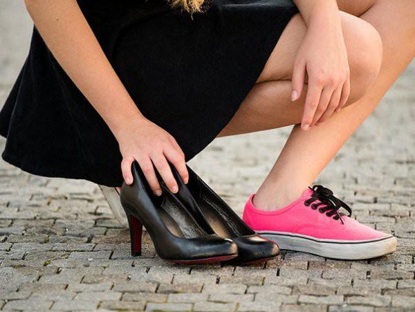 Giày cao gót
