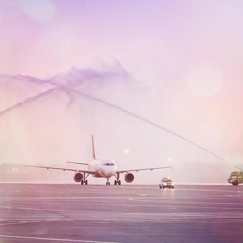 First #airmalta flight to #Sheremetyevo airport // встретили первый рейс с Мальты в #Шереметьево // #svo #airport #изsvoнамальту #ilovesvo #споттинг #аэропорт #самолет #planespotting #plane #firstflight #спасоп #avgeek #a320 #airbus #airfield #spotting #w