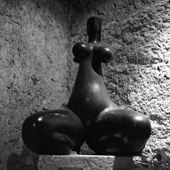 france_trip002 (ilija.karavlah) Tags: sculpture france museum rolleiflex delta epson 3200 ilford volti ddx villefranchesurmer 28e v750 antoniucci voltigero