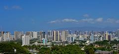 From Kaimuki Mini-Park (jcc55883) Tags: hawaii oahu kaimuki kaimukiminipark pahoaavenue skyline honolulu sky nikon nikond3200 d3200