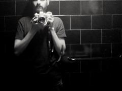 Retrato (MauroLaScalea) Tags: blackandwhite bw film analog minolta kodak venezuela grain caracas 400 newbie expired amateur candelaria beginner srt101 rokkor