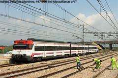 El tercer carril y sus contras... (Adrin Valencia Martnez) Tags: valencia mediterraneo corredor obras cercanias renfe operarios 447 massalfassar