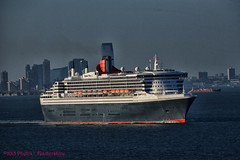 Queen Mary 2 (Phyllis Featherstone) Tags: newyorkcity worldtradecenter statenisland qm2 queenmary2 reallyrightstuff nikond3200 newyorkharbor fortwadsworth ftwadsworth phyllisfeatherstone reallyrightstuffhead queenmaryvz050313 sigma18250macrolens