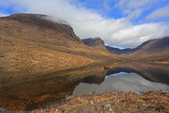 Loch Coire Nan Arr. (Gordie Broon.) Tags: mountains nature clouds reflections landscape geotagged photography scotland scenery alba scenic may escocia hills schottland westerross ecosse 1740l scottishhighlands westernhighlands kishorn applecrosspeninsula gordiebroon scottishwesternhighlands lochcoirenanarr canon5dmklll