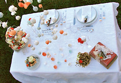 Eco wedding shabby chic style: table, paper flowers (Alessandra Fabre Repetto) Tags: flowers italy inspiration roma table style fiori eco matrimonio ecofriendly tavola ecologico shabbychic allestimenti alessandrafabrerepetto