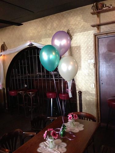 Tafeldecoratie 3ballonnen  De Pimpelear Barendrecht