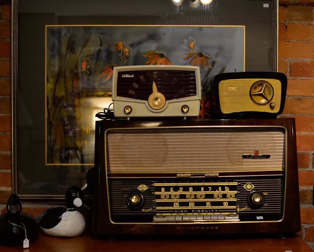 The World's Best Photos of knobs and radio - Flickr Hive Mind