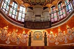 Magical (iyuphoto) Tags: music magic unesco musica palau inspiring catalana vocal barcelonaspain heritagesite palaudelamusicacatalana