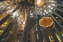 Sagrada Familia (Jurjen Harmsma Photography) Tags: barcelona city travel light urban art church architecture canon buildings design spain holidays europe perspective cities wideangle tourists sagradafamilia journeys constructions citytrip howly eos1000d jurjenharmsma