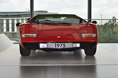 Lamborghini Countach LP400 (1975) (Transaxle (alias Toprope)) Tags: retro autoretro midship midshiprunabout rmr midengine centralengine most spectacular super sports car design midengined racing machine marcello gandini bertone radical futuristic styling sharp edges proportions lambo lamborghini countach lp longitudinaleposteriore twelvecylinder engine 1973 legendary scissordoors topspeed 315kmh 300club club300 marcellogandini overheadcamshafts dohc weber 45dcoe museum 200mph cool coolcars euro lovers european exotics autostadt wolfsburg worldcars
