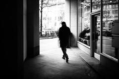 No more silhouettes, I swear. (gato-gato-gato) Tags: street leica winter bw white black blanco monochrome person schweiz switzerland abend flickr noir suisse strasse zurich negro streetphotography pedestrian rangefinder human streetphoto monochrom zrich svizzera sonne weiss zuerich blanc manualfocus schwarz januar onthestreets passant mensch sviss feierabend zwitserland mittwoch isvire zurigo streetphotographer fussgnger manualmode zueri strase streetpic messsucher manuellerfokus gatogatogato fusgnger leicasummiluxm35mmf14 gatogatogatoch wwwgatogatogatoch streettogs mmonochrom leicammonochrom tobiasgaulkech