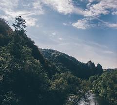 Be soft (achterbahnmdchen) Tags: blue trees mountains green nature forest river germany deutschland europa europe hills rlp rheinlandpfalz badmnsteramstein nahe rhinelandpalatinate nahetal naheland ebernburg rheingrafenstein badmnsteramsteinebernburg achterbahnmdchen