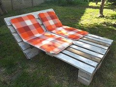 Garden Sun Lounger from 2 Pallets (irecyclart) Tags: garden bed lounge palletbed palletsunbed recyclingwoodpallets