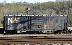 Altavista, Virginia (2 of 2) (Bob McGilvray Jr.) Tags: railroad train virginia nw tracks va mow boxcar altavista norfolkwestern