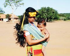 Aldeia Quatro Cachoeiras (fergprado) Tags: travel brazil brasil kid child beb criana tribo indigenous aldeia ndio indigena