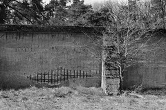 Wall of the old museum (paulusvp1) Tags: stone wall museum concrete hoge veluwe muller kroller
