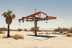 (el zopilote) Tags: 500 rice california blythejunction mojavedesert landscape architecture street townscape smalltowns signs trees graffiti clouds canon eos 5dmarkii canonef24105mmf4lisusm fullframe