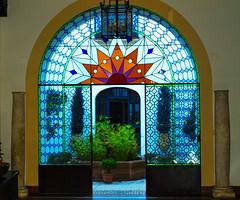 vidriera (Herlu) Tags: vidrieras puertas