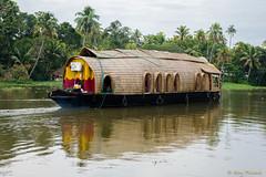 _DSC0903 (Roy Prasad) Tags: lake water river sony houseboat kerala prasad backwaters allapuzha rx10 allappey royprasad rx10m2
