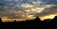 0550 (spunior) Tags: sunset berlin skyline clouds evening abend sonnenuntergang himmel wolken vista westhafen moabit