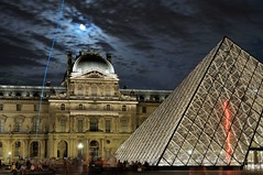 LOUVRES, PARIS (ulambert) Tags: street longexposure paris france night nightshot louvre sully pavillon pyramidedulouvre