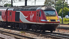 43113 43313 (JOHN BRACE) Tags: from car station power bobo virgin crewe when re seen 1979 built intercity numbered 125 doncaster livery brel engined 43313 43113 renumbered