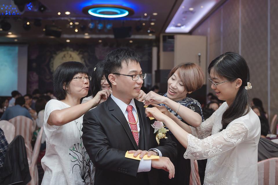 婚禮攝影-台南情定婚宴城堡永康館-55
