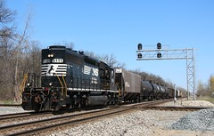 Norfolk Southern at Romulus (RickM2007) Tags: ns norfolksouthernrailroad nstrain nsfreight ns6111 norfolksoutherninmichigan